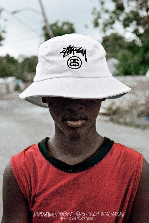 Итальянский фотограф-документалист Франческо Джуисти снял новую кампанию марки Stussy . Изображение № 7.