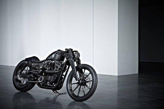 Мастерская  Rough Crafts представила кастомный мотоцикл на базе Harley-Davidson. Изображение № 6.