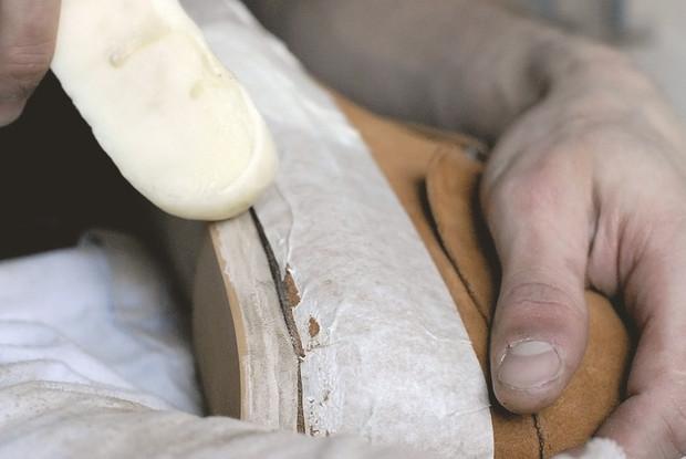 Обувь своими руками: Как сделать ботинки мечты в домашних условиях. Изображение № 47.