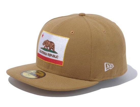 Марка New Era представила совместную с другими брендами коллекцию кепок. Изображение № 31.