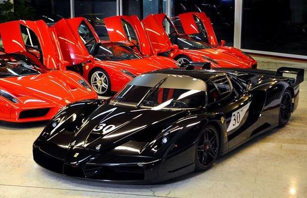 Два автомобиля Михаэля Шумахера выставлены на аукцион. Изображение № 1.