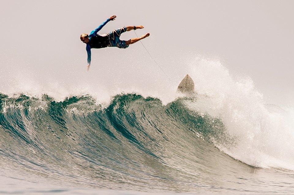 Russia Goes Surfing: Репортаж из серферского лагеря на Мальдивах. Изображение № 9.