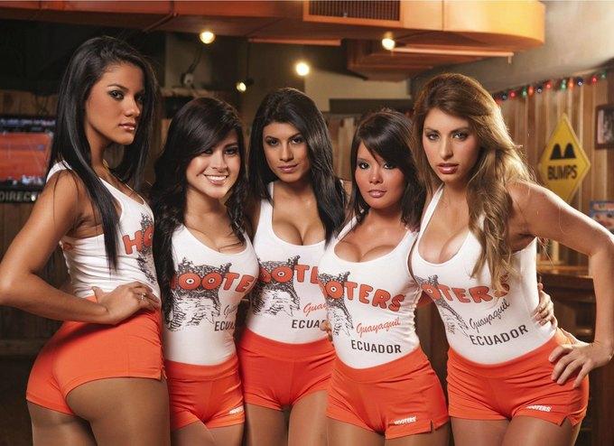 В Москве откроется бар американской сети Hooters . Изображение № 1.