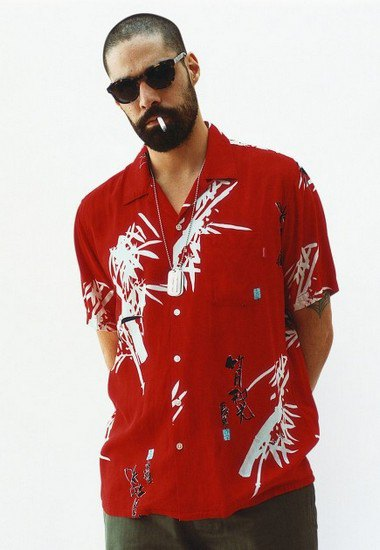 Марка Supreme выпустила лукбук весенней коллекции одежды. Изображение № 16.