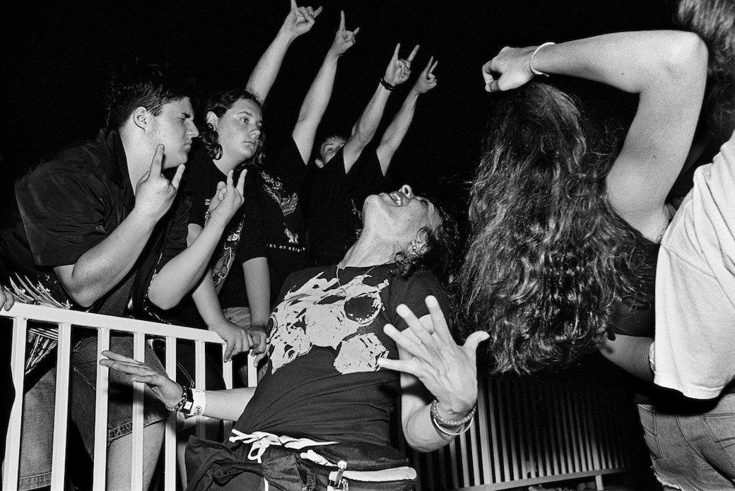 Музыка нас связала: Фотограф Эрин Фейнберг десять лет снимает фанатов на концертах. Изображение № 14.