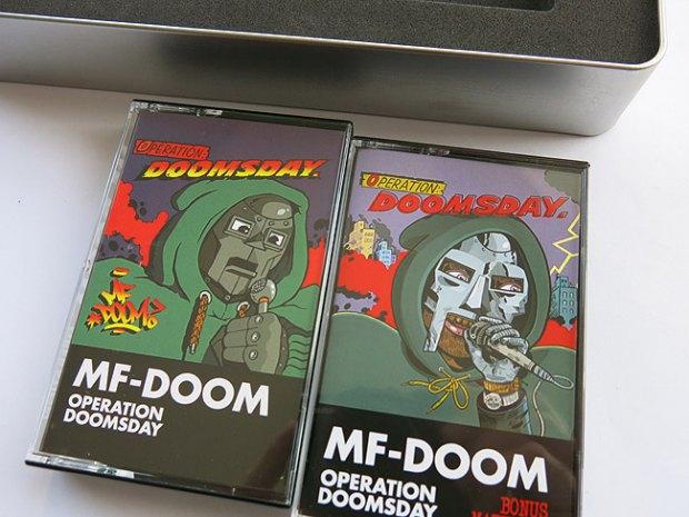 Рэпер DOOM переиздаст свой первый альбом на кассетах. Изображение № 1.