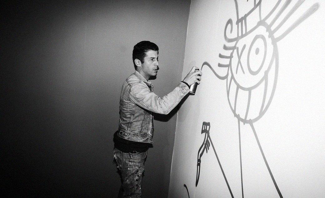 «Я 30 лет подряд стараюсь ставить по десять тегов в день»: Интервью с художником Андре Сарайвой. Изображение № 3.