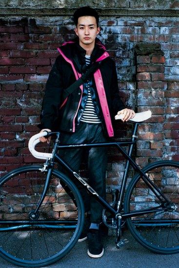 Марка Sophnet выпустила лукбук осенней коллекции одежды. Изображение № 8.