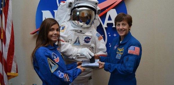 NASA готовит 13-летнюю американку к полёту на Марс. Изображение № 1.