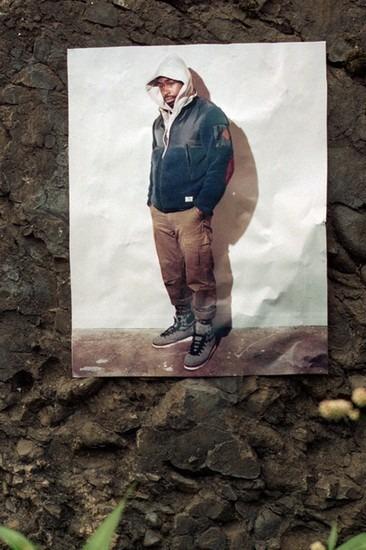 Американский ритейлер Вodega опубликовал лукбук осенней коллекции одежды. Изображение № 9.