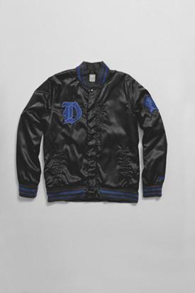 Марка Nike Sportswear выпустила весеннюю коллекцию баскетбольной одежды. Изображение № 7.