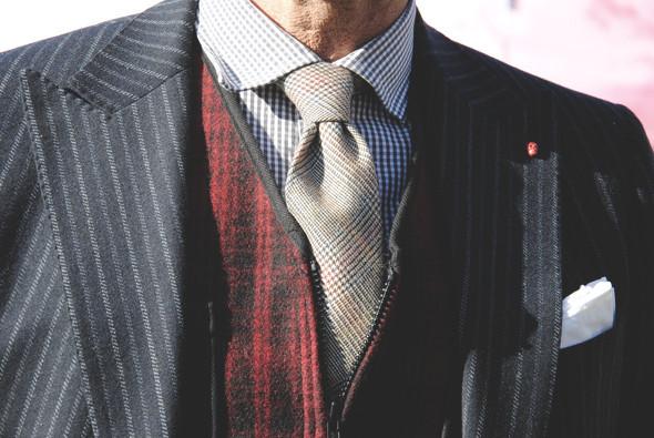 Детали: Репортаж с выставки мужской одежды Pitti Uomo. День первый. Изображение № 24.