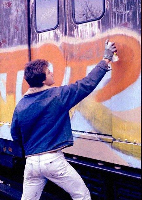 8 знаменитых фотографов, исследовавших мир граффити. Изображение № 16.