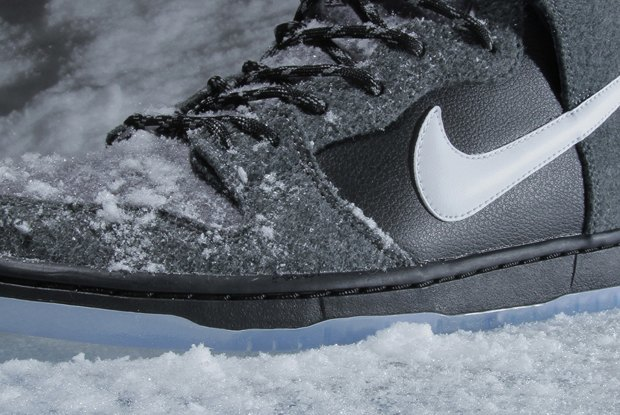 Магазин Premier и марка Nike выпустила совместную модель обуви SB Dunk Hi Premier SE. Изображение № 4.