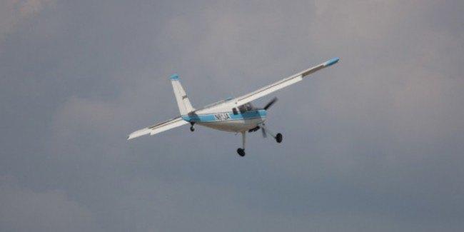 Пенсионер из Челябинска летал без прав на самолёте, который собрал вручную. Изображение № 1.