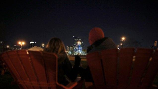 В Филадельфии сыграли в тетрис на 29-этажном здании. Изображение № 1.