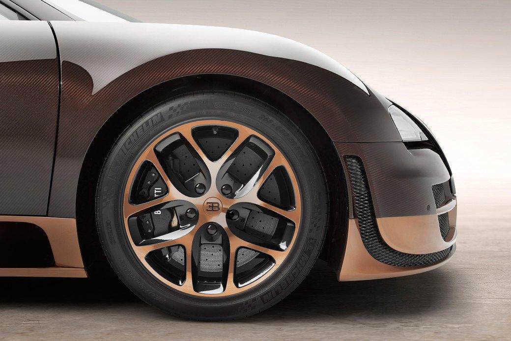 Бугатти показала новый Veyron Grand Sport Vitesse, посвященный брату основателя компании. Изображение № 5.