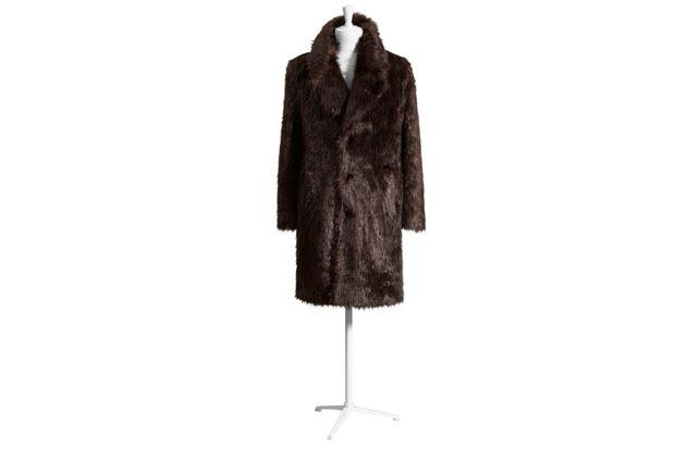 Марки H&M и Maison Martin Margiela представили совместную коллекцию одежды. Изображение № 26.