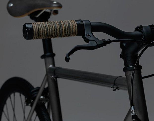Марка James Perse представила велосипед для пригородных поездок. Изображение № 1.
