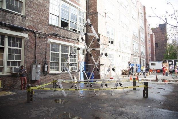 Российский уличный художник Radya получил главный приз на ярмарке современного искусства в Нью-Йорке. Изображение № 3.