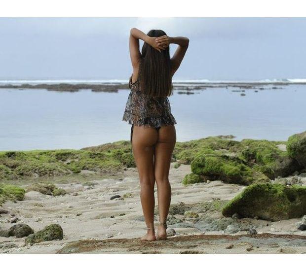 Бразильянка продала свою девственность за 780 тысяч долларов. Изображение № 5.