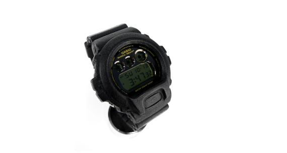 Марки G-Shock, OntFront, Filling Pieces, Ceizer и Urbmath представили совместную модель часов. Изображение № 1.