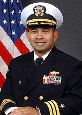 Офицеры ВМС США продали военные секреты за проституток и билеты на Леди Гагу. Изображение № 1.