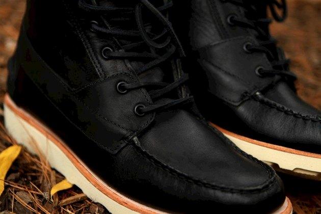 Дизайнер Ронни Фиг и марка Sebago представили осенне-зимнюю коллекцию обуви. Изображение № 2.
