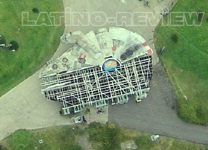 Дрон сделал фото военной базы со съёмок «Звёздных войн» . Изображение № 4.
