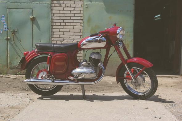Городской сумасшедший: История самых скоростных городских мотоциклов — каферейсеров. Изображение № 25.