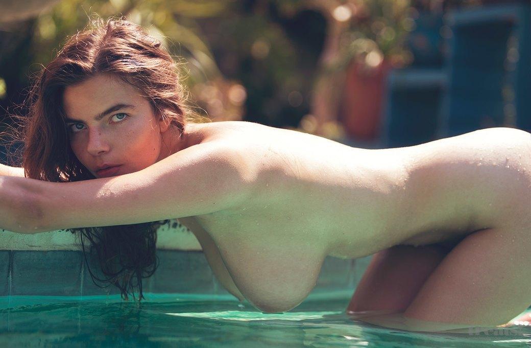 Дэвид Бельмере сфотографировал русскую модель Алину Алилуйкину для нового номера журнала Treats!. Изображение № 7.
