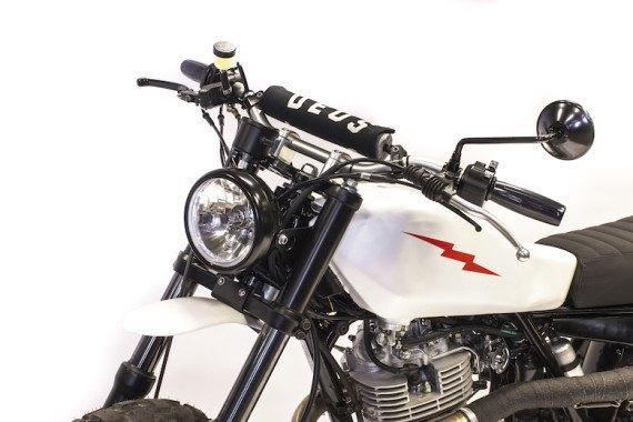Мотомастерская Deus Ex Machina представила кастом на базе Yamaha SR. Изображение № 11.