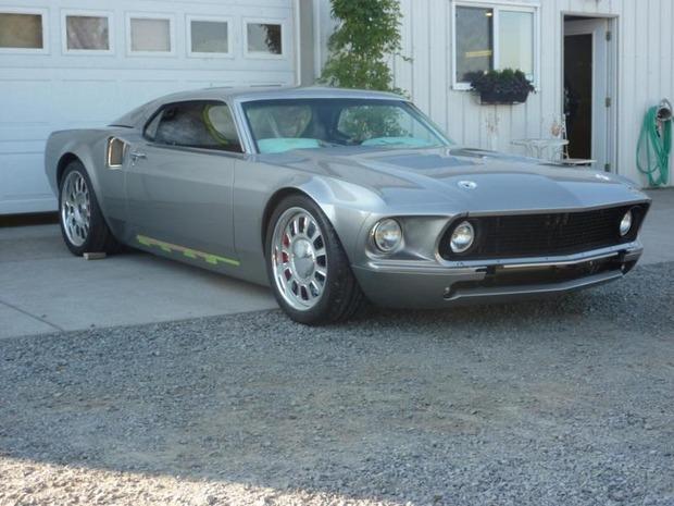 Американская мастерская изготовила гибрид маслкара Ford Mustang Mach 1 и спорткара GT40. Изображение № 1.