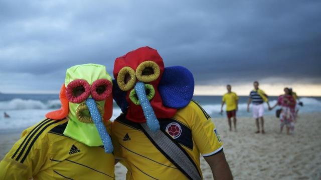 Во что наряжаются болельщики нынешнего чемпионата мира. Изображение № 3.
