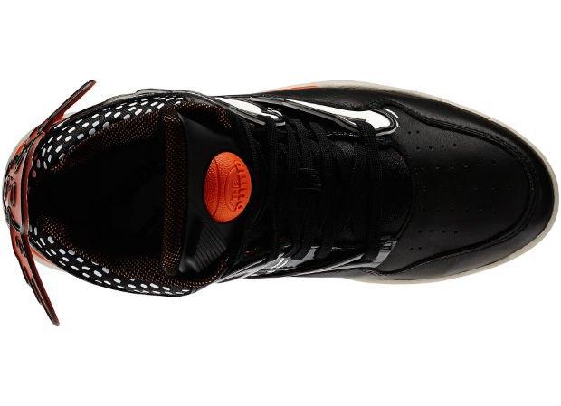 Reebok Classic выпустили новые кроссовки с рисунками Кита Харинга. Изображение № 16.