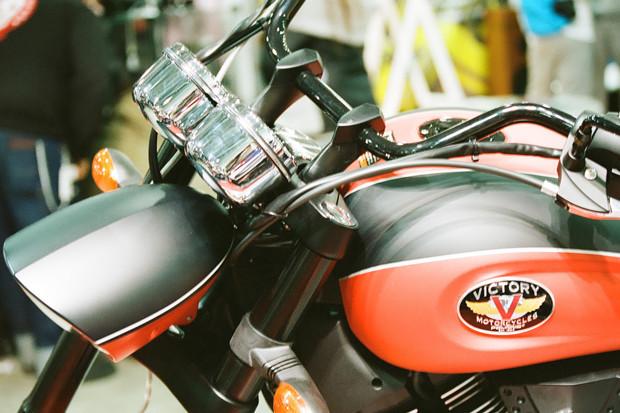 Лучшие кастомные мотоциклы выставки «Мотопарк 2012». Изображение №21.