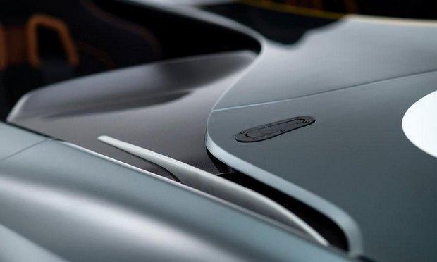 Aston Martin представил юбилейный спидстер CC100. Изображение № 11.