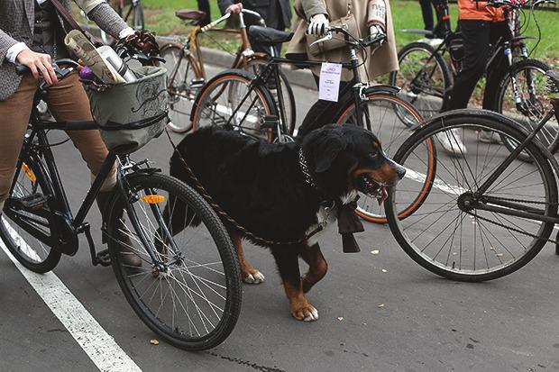 Детали: Репортаж с велозаезда Tweed Ride Moscow. Изображение № 4.