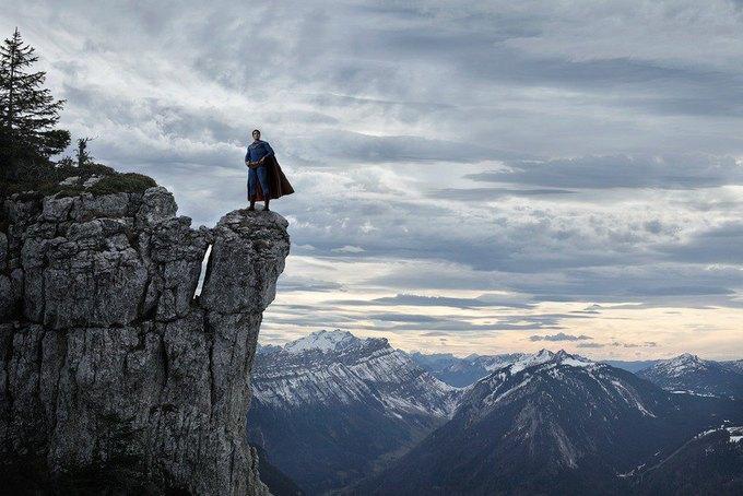 Одиночество — скука: Одинокие супергерои во французских Альпах. Изображение № 14.