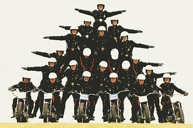 Ассоциация британских акробатов White Helmets. Изображение № 9.