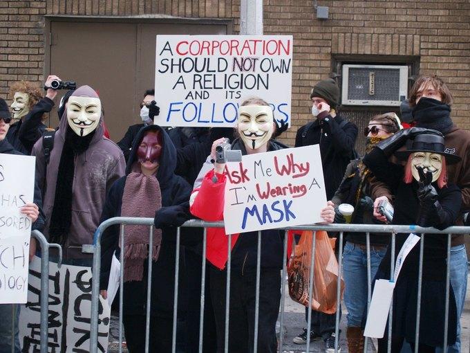 Как воюют хакеры Anonymous: 5 могущественных жертв группировки. Изображение № 4.