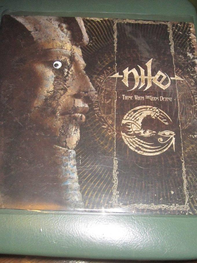 Metal Albums with Googly Eyes: Блог смешного кастомайзинга альбомов тяжёлой музыки. Изображение № 9.