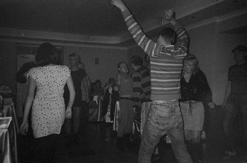 «Мы русские и можем со всем справиться»: Репортёры The Village отправляются на сельскую дискотеку. Изображение № 5.
