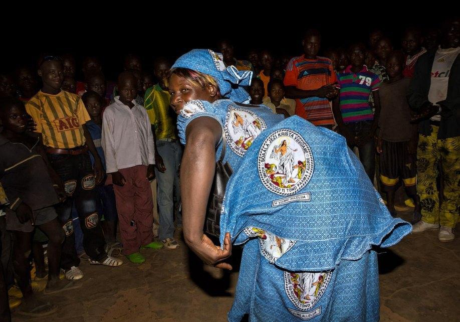 Мы хотим танцевать: Как выглядит сельская дискотека в Африке. Изображение № 15.