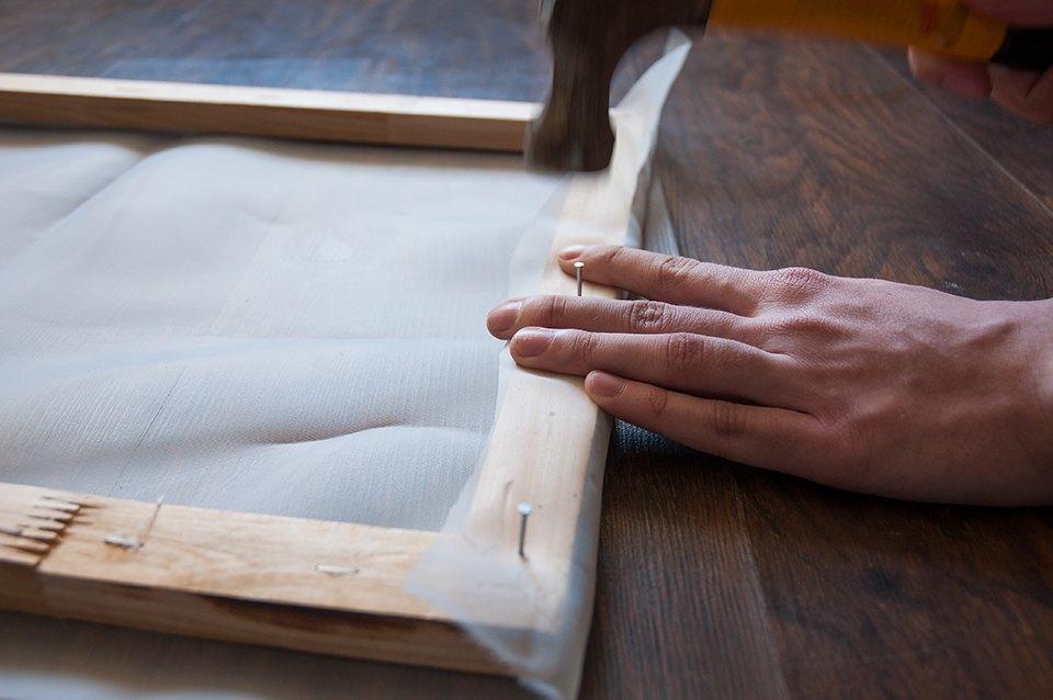 Шелкография: Как нанести рисунок на футболку любимым методом Энди Уорхола. Изображение № 4.
