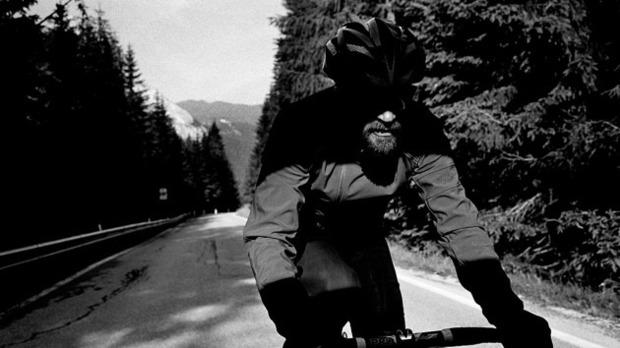 Велосипедная марка Rapha выпустила осенний лукбук. Изображение № 1.