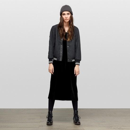 Магазин Kixbox опубликовал лукбук осенне-зимней коллекции одежды. Изображение № 14.