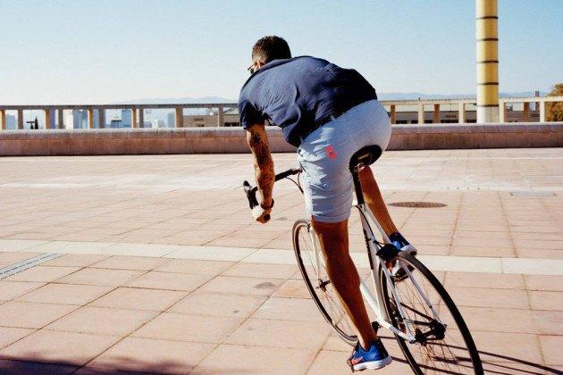 Велосипедная марка Rapha опубликовала лукбук весенне-летней коллекции. Изображение № 11.