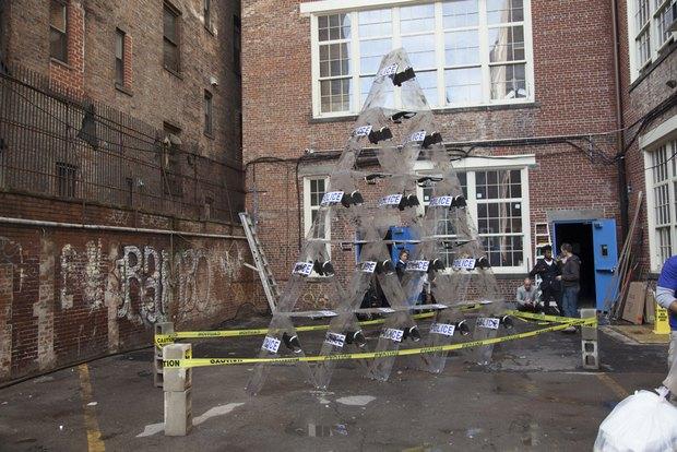 Российский уличный художник Radya получил главный приз на ярмарке современного искусства в Нью-Йорке. Изображение № 1.
