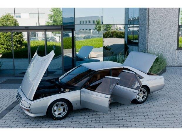 Уникальный седан Ferrari Pinin уйдёт с молотка. Изображение № 12.